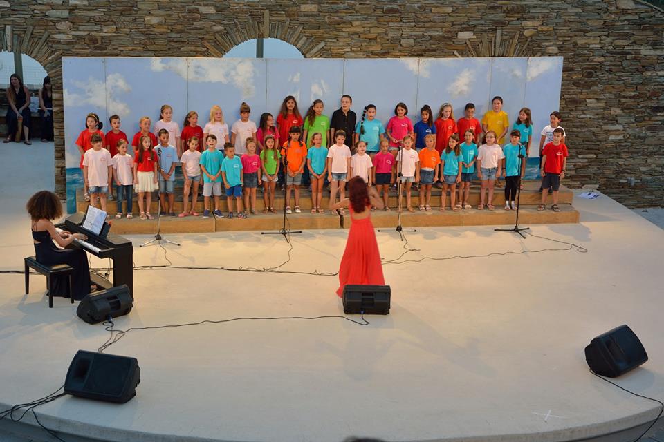 Μουσική και Τραγούδια Ελλήνων Συνθετών για τον Ελληνικό και Διεθνή Κινηματογράφο – Νίκος Κυπουργός και Ορχήστρα των Κυκλάδων